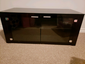 Glass entertainment unit