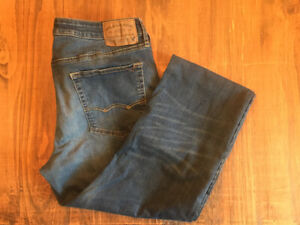 MENS AMERICAN EAGLE JEANS SIZE 36/34
