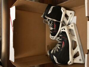 CCM RBZ70 JR size 1 Goalie Skates