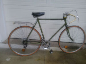 RALEIGH SPRITE 27 CLASSIC BIKE FROM 1970s** INC. PAIR FENDERS