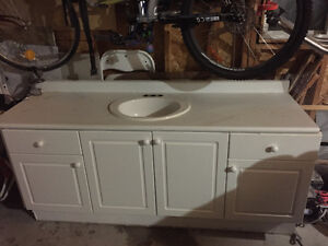 Great bathroom vanity for a cheap price
