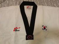 Habit de taekwondo