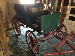 Antique horse buggy and wagon