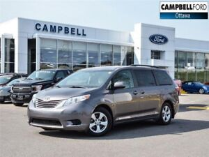 2015 Toyota Sienna LE 8 Passenger 0NLY 26,000 KMS-LOADED