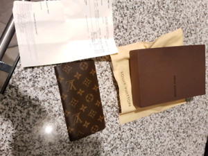 BRAND NEW IN BOX LOUIS VUITTON M61823 wallet WITH RECIEPT