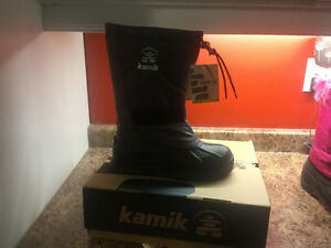Girls winter boots for sale, brand new Stratford Kitchener Area image 4