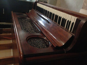 Antique 1897 piano with ivory keys