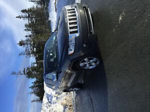 2011 Jeep Grand Cherokee Overland SUV, Crossover