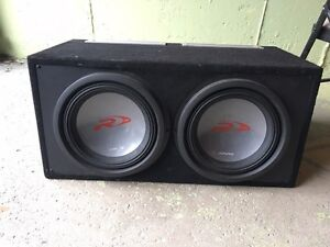 2 12' alpine subs in ported box with alpine amp. Kitchener / Waterloo Kitchener Area image 1