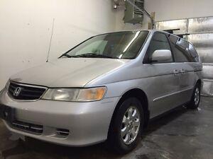 2002 Honda Odyssey clean one owner