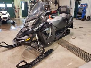 Skidoo GRAND TOURING LE 900 ACE  2017