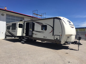 Beautiful 1995 Jayco 220 Eagle Chevy 350 RV  9400 In Calgary Alberta For Sale