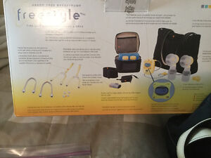 Basically New Medela BreastPump Most parts sealed Top Quality Strathcona County Edmonton Area image 2