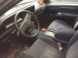1998 Ford Thunderbird Coupe (2 door)