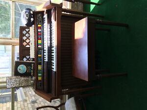 Lowrey electric organ genie 44