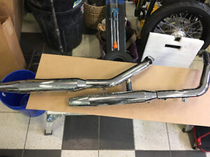 Harley Dyna stock exhaust