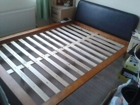 Bed frame (wooden) self-assembly