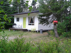 Fully Furnished 2 Bedroom Private Port Blandford