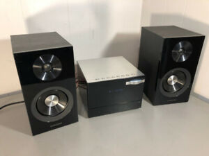 Samsung MM-D330 Compact Stereo