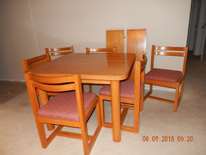 Dining Room Sets Kitchener Glass Buy Or Sell Table In