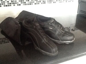 Mens golf shoes size 9.5