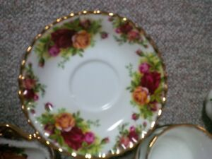 Royal Albert fine china - Old Country Rose