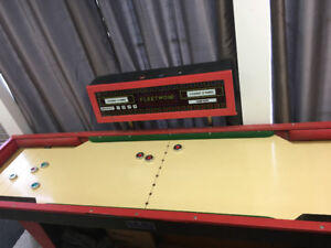 Awesome shuffleboard game - Perfect condition