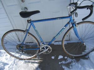 vélo de route, vélo sport pour homme