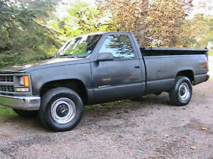 1995 Chevrolet  2500  Pickup Truck, with dump box $3500