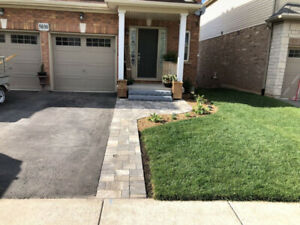 Fall Leaf & Garden Clean Up by Lindsay's Landscaping