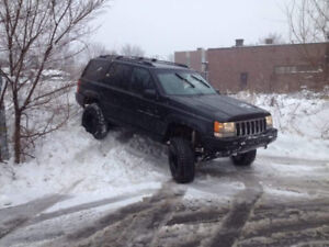 Jeep grand cherokee 1998 v8 5.9l  1800nego faut sa parte