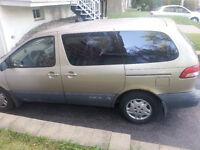 2003 Toyota Sienna Fourgonnette, fourgon