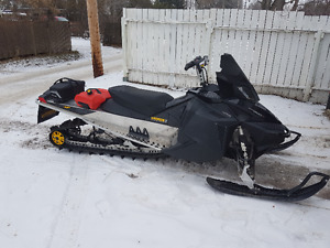 2009 Ski Doo Summit 800