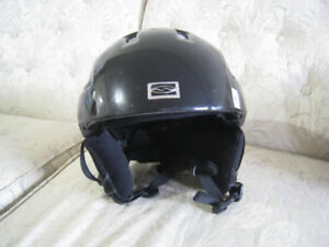 extra large men's snowboard or bicycle helmet