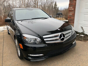 2011 MERCEDES C250 4MATIC – AWD – SPORTS SEDAN - ONLY 29,000KMS