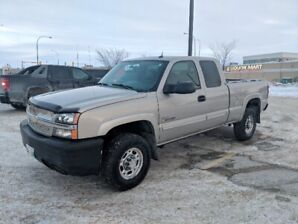 2004 Chevy Silverado 2500 HD Duramax 6.6 SAFETIED, 130000KM! 4X4