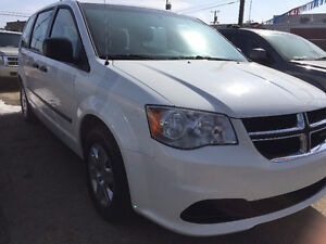 2011 Dodge Grand Caravan *** NO ACCIDENT / LOW MILEAGE ***