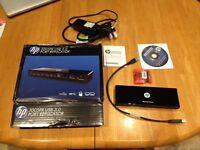 Port replicator / Docking station / USB hub