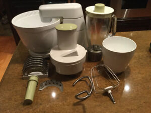 VINTAGE Braun KM32 Food Processor Stand Mixer w/ Accessories