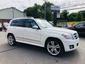 Mercedes-Benz GLK-Class 4MATIC-Air-Cuir-Toit-Bluetooth-Mag-Siége