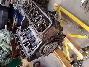 Newly rebuilt 4.3L V6. Zero km's