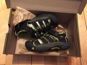 Keen sandal size:8us for toddler