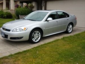2010 CHEVY IMPALA LTZ - ESTATE SALE - ONLY 32,000 KMs - 1 OWNER