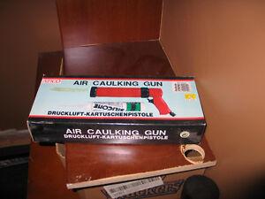 New air caulking  gun