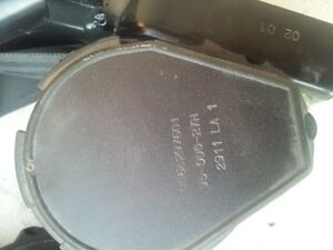 VW Passat seat safety belts Windsor Region Ontario image 3