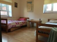 Large Twin Room in Front of Stocwell Metro Station. The Best You can Get. Only £100 Deposit.
