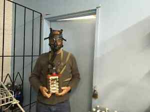 Gas Mask Willson double ww2 or 1950s kit in case Saint-Hyacinthe Québec image 5