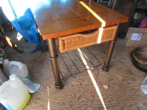 TABLE - PINE BOARD TOP - distressed