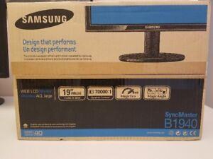 "Samsung  - LCD monitor - 19"" - Brand New - $60"