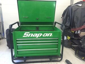 Snap on road chest.   KRA6200 snapon